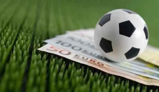 Three Simple Ways to Improve Your Football Betting - Ghana Latest Football News, Live Scores, Results - GHANAsoccernet